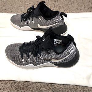70699e2a1314 Nike · Nike Zoom Hypershift Black White Athletic ...